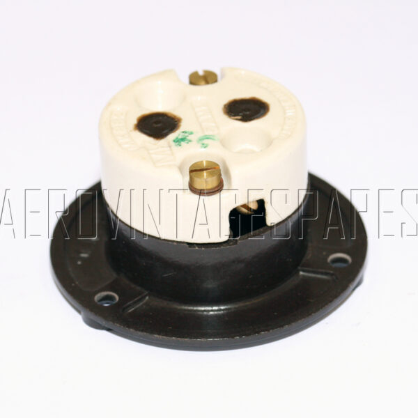 5CY/1044 - Socket 2 Pole  , Ex mod Military electrical spares and aircraft Spare parts