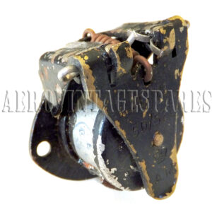 5D/529 - Socket, Type A Alloy, 5 Pole, unscreened Please note all our stock of these sockets have paint areas absent. The basic item is sound and probably unused, but will require painting and cleaning to regain its new look.